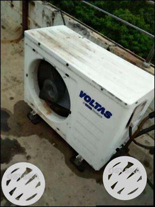 White Voltas Air Condenser