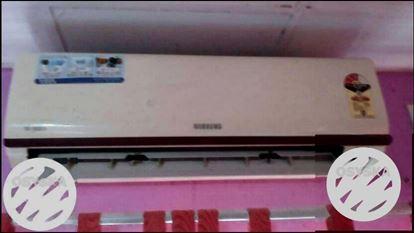 White Split Type Air Conditioner.Full copper