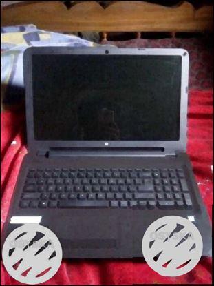 HP AY 525TU laptop 4GB/ 500GB/ W10/ 15.6 HD