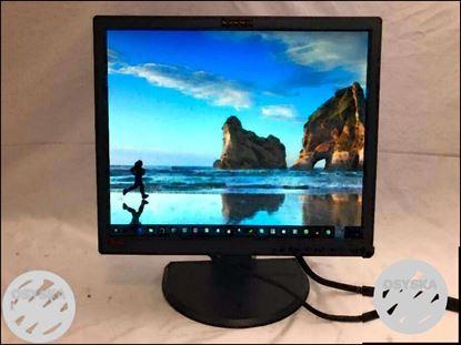 "Lenovo ThinkVision L1900P/L1900pA 19"" LCD Monitor"