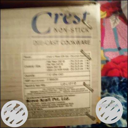 Crest Product Box