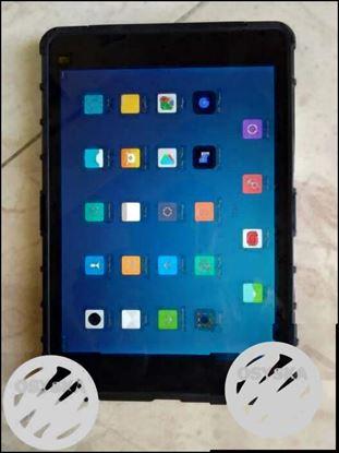 Mi pad1 2Ram 16GB 8mp5mp