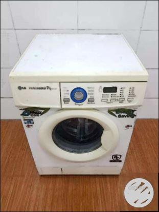 LG intellowash 7kg front load washing machine with free shipping