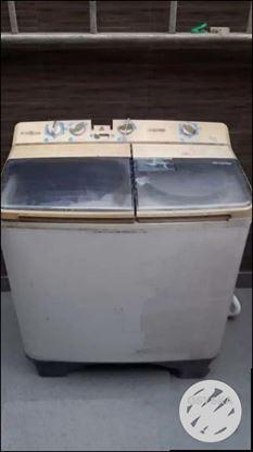 Samsung semi auto washing machine